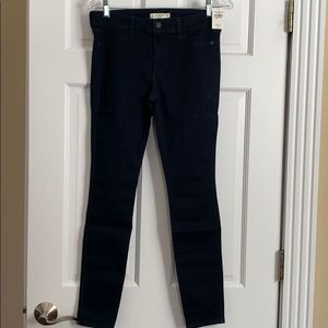 Abercrombie & Fitch jean legging.NWT size 30
